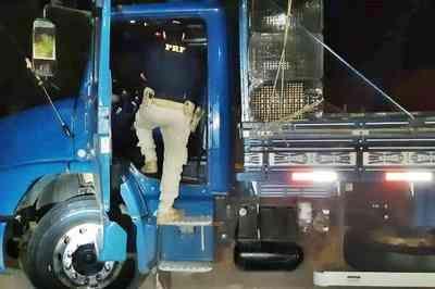 Motorista é flagrado dirigindo caminhão após consumo de anfetamina no Sertão da PB
