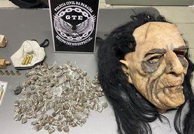 Máscara usada nos crimes foi apreendida pela polícia
