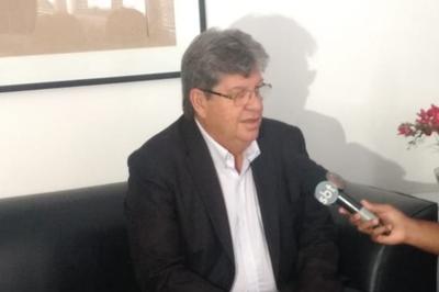 João Azevêdo participa do Jornal da Manhã, na Jovem Pan João Pessoa