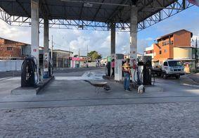Bandidos levam cofre de posto de combustíveis em João Pessoa