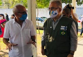 Cícero e Marcelo Queiroga durante visita à Paraíba, em junho