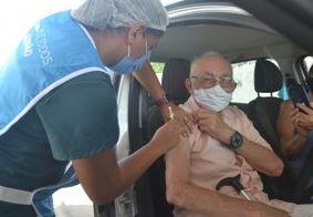 João Pessoa vacina 2,1 mil pessoas em 2º dia de imunização nos pontos de drive thru