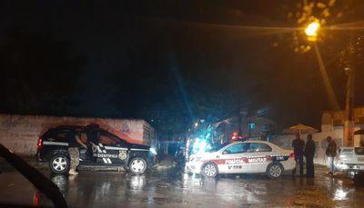 """Homem é morto em ataque a tiros na """"Rua do Jarro"""", em João Pessoa"""