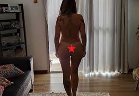 Mãe de Chay Suede posta foto completamente nua e repercute entre seguidores