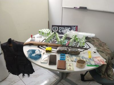 Polícia prende suspeitos de duplo homicídio e tráfico de drogas na PB