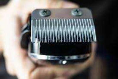 Durante quarentena, venda on-line de máquinas de cortar cabelo sobe 2000%