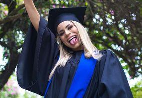 Cantora Lexa conclui graduação em Marketing para gerir a própria carreira