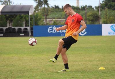 William Machado, zagueiro do Botafogo-PB