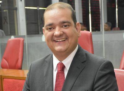 Bruno Farias desmente fake news e garante que é candidato à presidência da CMJP