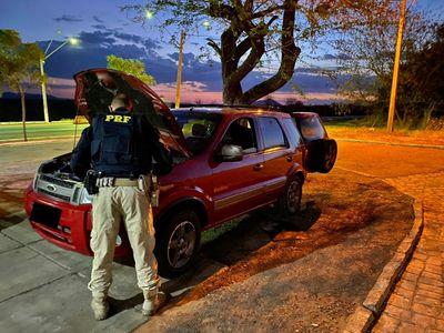 Veículo recuperado pela PRF