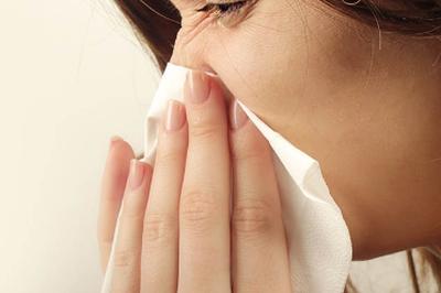 Conjuntivite pode vir junto com a gripe, explica especialista