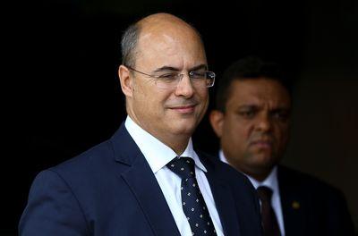 Governador do Rio pede promoção dos policiais que participaram da morte do sequestrador do ônibus