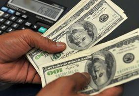 Dólar fecha em alta e alcança maior valor nominal da história