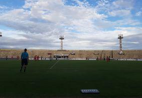 Belo recebeu o 4 de Julho em casa, no Estádio Almeidão