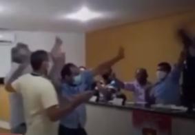 Vídeo: advogado sangra após ser ferido durante confusão em Câmara, na Paraíba