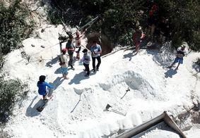 Fiscalização em ambientes de extração de caulim, na Paraíba.