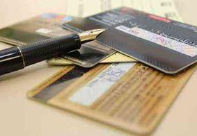Taxa média de juros do cheque especial fica em 7,96% em fevereiro
