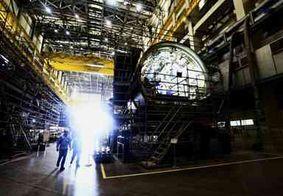 Novo submarino brasileiro, Riachuelo é lançado no Rio de Janeiro