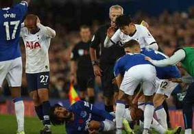 André Gomes quebra a perna em jogo no Campeonato Inglês; veja