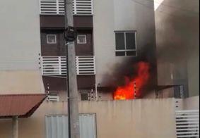 Incêndio atinge prédio residencial em João Pessoa