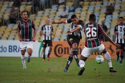 Em partida com arbitragem confusa, Fluminense vence o Belo e se classifica na Copa do Brasil