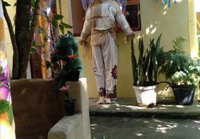 Casa de Dona Nena é decorada todo ano para os festejos juninos