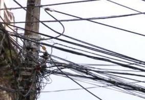 Homem morre ao sofrer descarga elétrica em poste, em João Pessoa