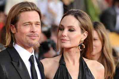 Angelina Jolie jogou objetos pessoais de Brad Pitt no lixo, garante site