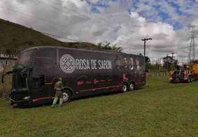 Romeiro morre atropelado por ônibus da banda 'Rosa de Saron', em São Paulo