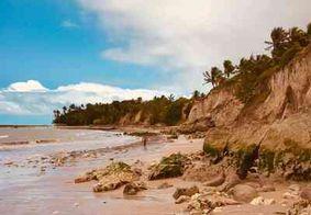 Praias do Conde não têm aglomerações no primeiro dia de liberação do banho de mar