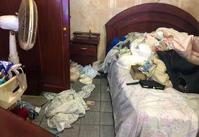 Casa da vítima foi revirada pelos criminosos