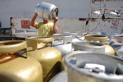 Gás de cozinha tem novo reajuste na Paraíba.