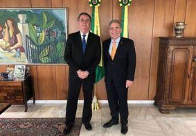 Posse de Queiroga no Ministério da Saúde é antecipada por Bolsonaro