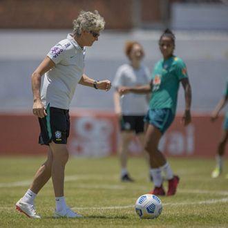 Brasil x Argentina se enfrentam em jogo preparatório no Almeidão
