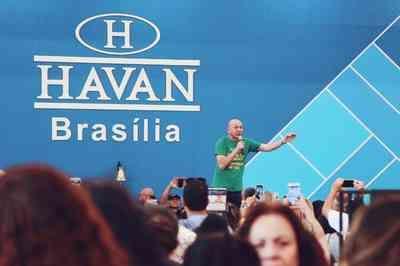 Dono da rede Havan entra para a lista de bilionários da Forbes