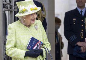 Rainha Elizabeth II é vista em público pela primeira vez após polêmicas