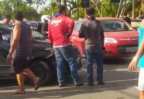 Capotamento foi registrado na Avenida Cabo Branco