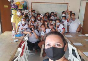 Dia do Professor: conheça um projeto que ensina crianças carentes em JP
