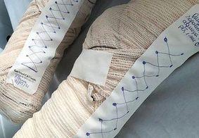 Enfermeira desenha sapatinho em paciente com Covid-19 e comove web