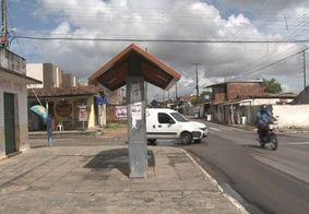Vídeo: mulher é espancada durante tentativa de assalto no Rangel