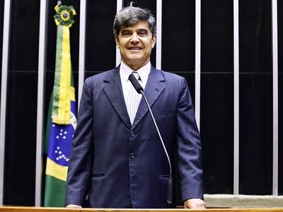 Paraibano está entre os parlamentares que mais gastaram em 2020
