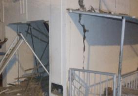 Na PB: Bandidos explodem agência bancária, trocam tiros com a polícia e fogem