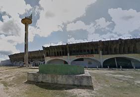 A poucas horas da final do Paraibano, cabos de iluminação são roubados de estádio