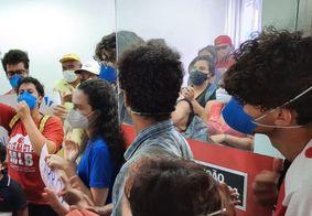Grupo que realizou protesto terá reunião com prefeito de João Pessoa