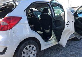 Motorista de aplicativo é mantido refém em porta-malas de carro em JP