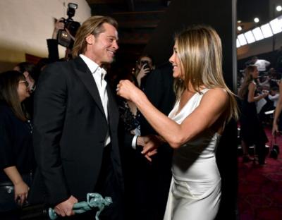 Internautas comentam reencontro de Jennifer Aniston e Brad Pitt no SAG Awards