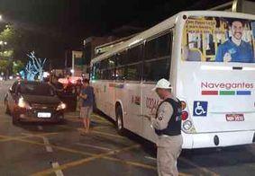 Colisão entre ônibus e carro deixa uma pessoa ferida na Avenida Epitácio Pessoa