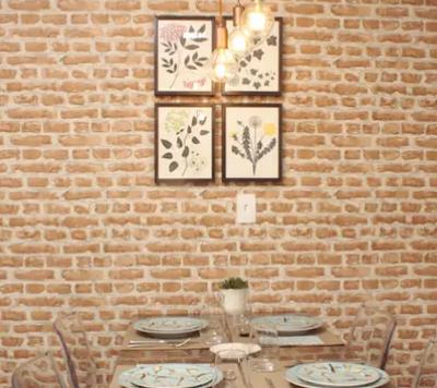 O papel de parede é uma técnica utilizada na decoração de ambientes há muito tempo como alternativa à pintura