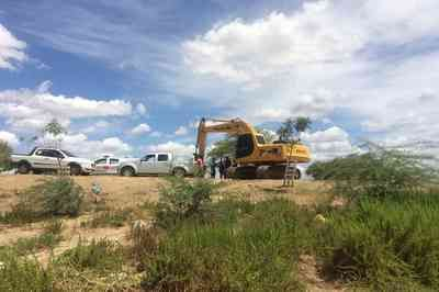 Grupo é flagrado extraindo areia de forma irregular no interior da Paraíba