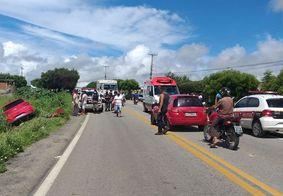 Colisão entre carro e motocicleta deixa criança e duas pessoas mortas na Paraíba